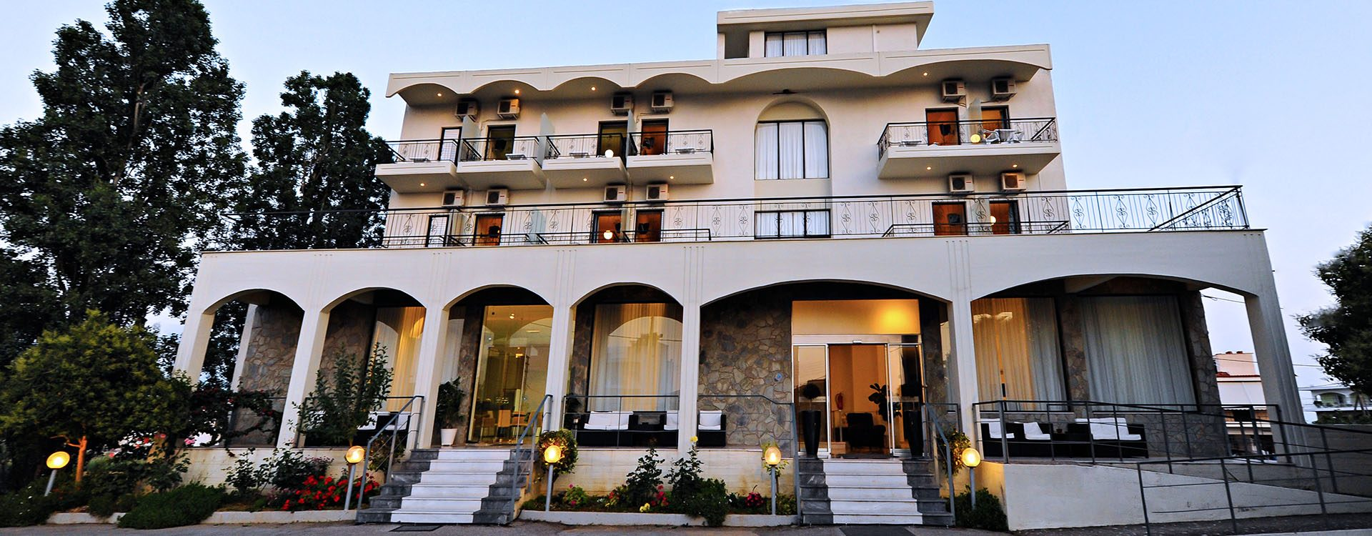 hotels messinia greece | Kleopatra Inn Hotel